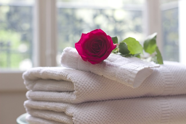 towels with a rose on top